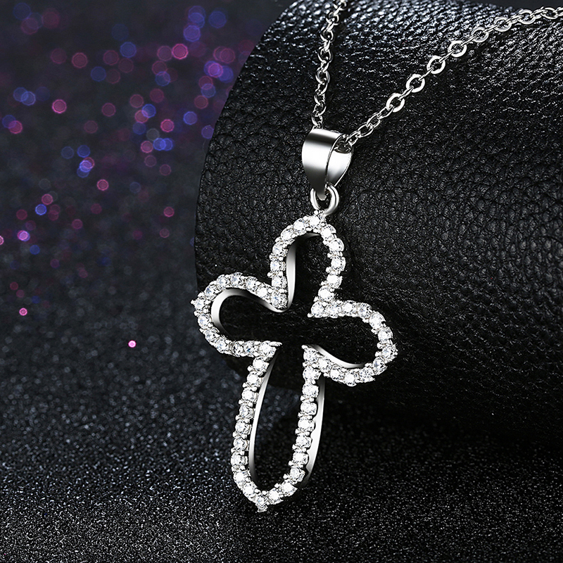New Fashion Jewelry 925 Sterling Silver White Crystal Cross Necklaces With Clear Zirconia Pendants Necklaces Wedding Accessories