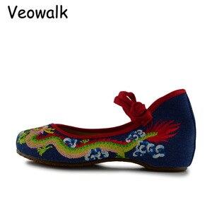 Image 4 - Veowalk Handgemaakte Vrouwen Katoen Ballet Flats Chinese Draak Borduurwerk Dames Oude Beijing Schoenen Casual Ademend Rijden Schoenen