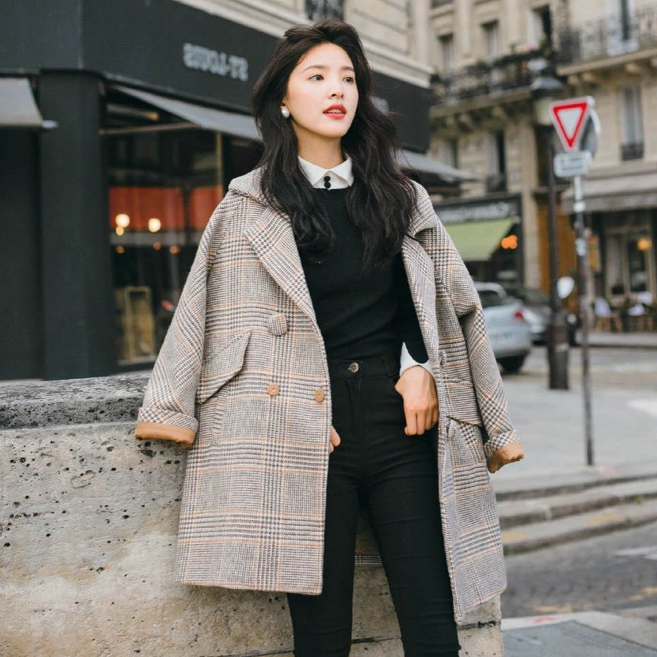Vintage Chic Plaid Woolen Loose Coat Woman Tailored Collar Short Wool Overcoat Casual Winter Outerwear-in Wool & Blends from Women's Clothing    2