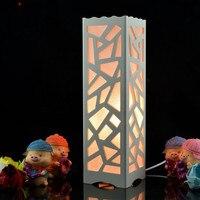 LED Bois En Plastique Lampe De Table De Bureau Vogue Sculpté Creux Conception lampe de Lecture D'économie d'énergie Lampes pour La Maison Chambre Décor Luminaria De Mesa