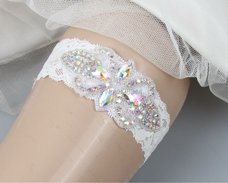 New Design White Lace Bride Garter for Wedding Handmade With Crystal Rhinestones Applique