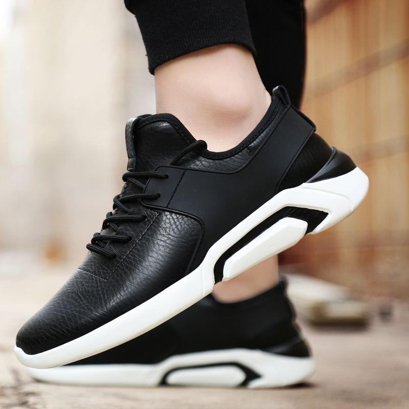 2018 Spring Men Sneakers Shoes Sporty Walking Shoe Comfortable Lace Up Mens running shoes Black white 2 colors Large size 39-47