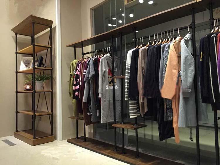 Cheap Cloth Stores In Paris