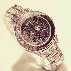 Image 4 - Women Watch Ladies Diamond Stone Dress Steel Leopard print Rhinestone Bracelet Wristwatch Tiger Crystal Watch relogio feminino