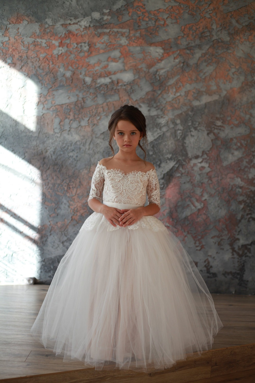 Robe de bal blanche ivoire robes de demoiselle d'honneur pour les mariages Tulle princesse dentelle demi manches sainte première Communion robes