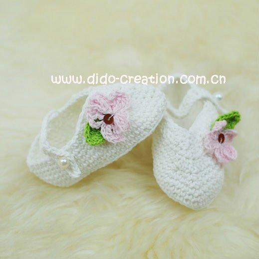 1pairHandmade Crochet Baby kids new Shoes footwear 2011