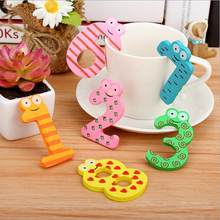 10 pcs/set New Cartoon Cute 0-9 Wooden Number Fridge Magnet Kid Child Math Xmas Gift Toy baby birthday(China)