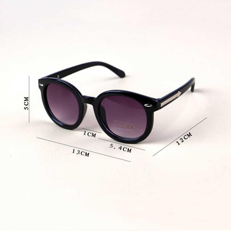 ... Iboode детские солнцезащитные очки детские черные солнцезащитные очки  анти-УФ детские солнцезащитные очки-затененные ea4ca404054
