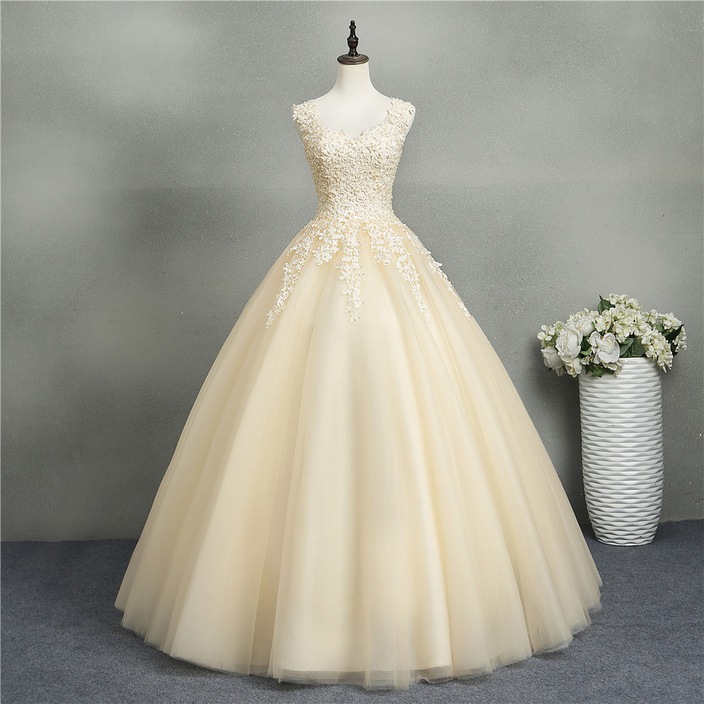 ZJ8076 Ball Gowns Sweetheart White Ivory Tulle Champagne Wedding Dresses 2019 with Pearls Bridal Dress Plus