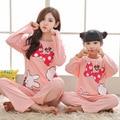 2017 Meninas Minnie Pijamas Pijama Fille Crianças Pijama de Natal Da Família Correspondência Mãe Filha Roupas de Manga Longa Sleepwear