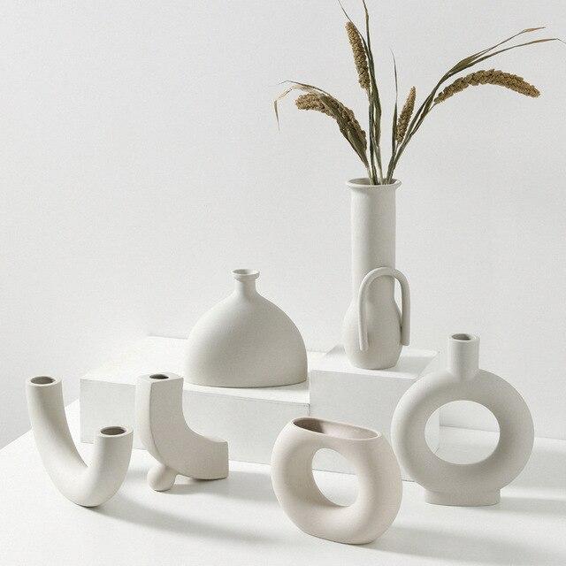 Europe White Porcelain Crafts Ceramic Vase Creative Small Flower Vase Ornaments Tabletop Vases Home Decoration Wedding Gifts 2