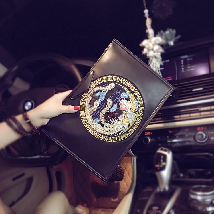 2018 Fashion Brand Men Clutch Bags Handbags PU Leather embrodiery Envelope Evening Bags Wristlet Zipper Bag for ipad