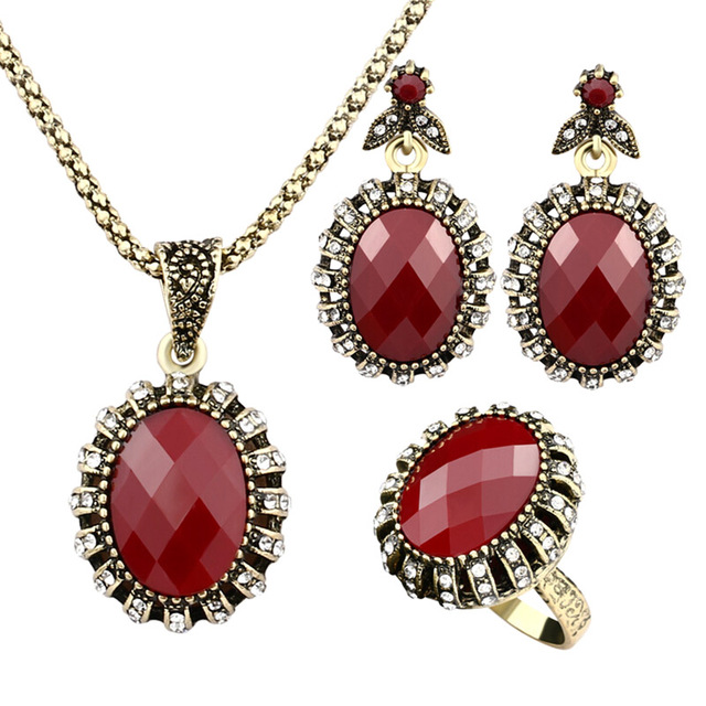 2017 New women lady Retro Palace nobility simulated red necklace set with alloy simulated crystal for party wedding