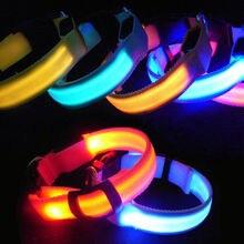 Nylonový psí obojek s LED osvětlením na večerní venčení