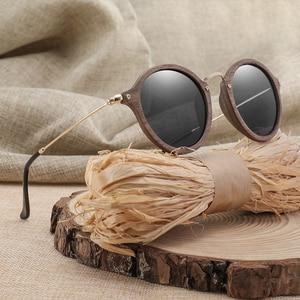 Image 2 - Ультралегкие поляризационные солнцезащитные очки для мужчин и женщин в круглой деревянной оправе с линзами CR39