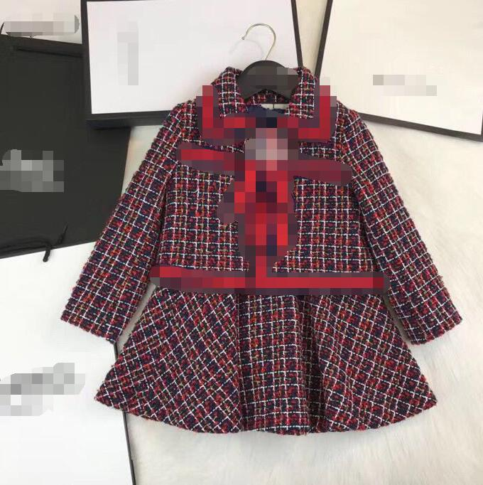 цена Retail Good Quality Big Girls SUits 110-160cm 2018 Autumn New Arrival fashion Bow lapel coat + Vest Dress 2pcs Suit 1328A8