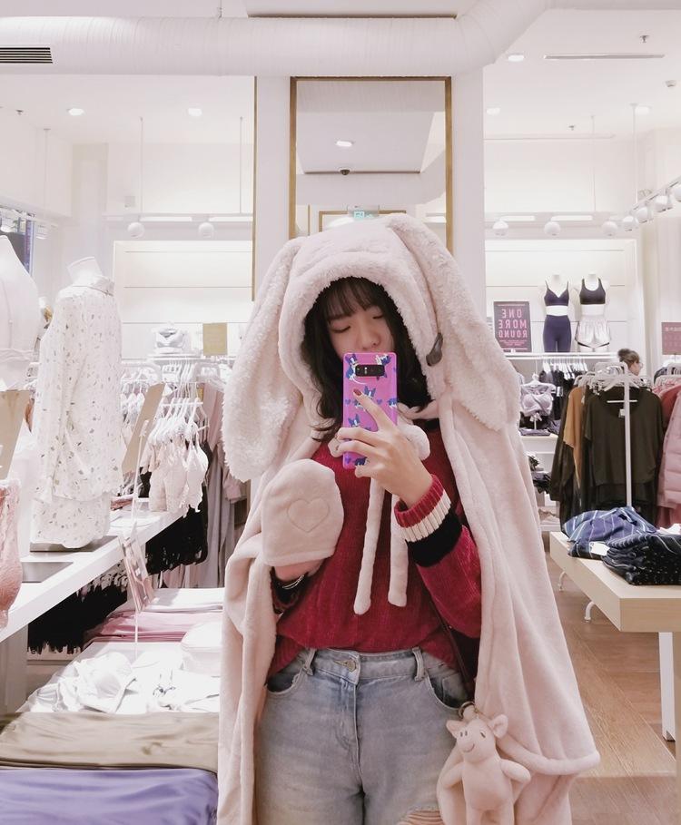 Cute Pink Comfy Blanket Sweatshirt Winter Warm Adults and Children Rabbit Ear Hooded Fleece Blanket Sleepwear Huge Bed Blankets 46