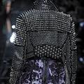 2016 Плюс Размер Искусственной Кожи Черный PU Женщин Панк Заклепки Шипованные Epaulet Мотоциклов Шипастая Куртка