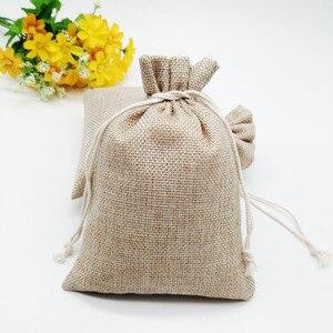 Image 5 - 100 pçs/lote 7x9 15x20cm Vintage Natural de Linho De Serapilheira Juta Juta Saco Do Presente Saco de Embalagem de Presente drawstring Sacos Do Presente de Casamento Saco de Doces