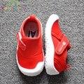 2017 muchachas de los bebés de lona shoes zapatillas de marca niños niños moda pisos transpirables zapatos niños pequeños antideslizantes para el calzado c389