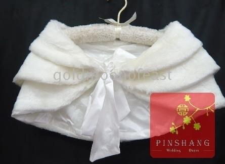 Ivory winter bridal wedding dress fur wrap shawl coats for Fur shrug for wedding dress