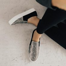 Oeak 2019 Famous Brand European Patchwork Espadrilles Shoes Woman Genuine Leather Flats Ladies Loafers White Leather Loafers(China)