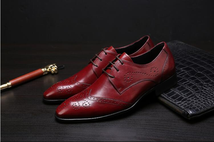 Brogue shoes men genuine leather lace up red wedding shoes smart casual low heel breathable moccasins pointed toes single shoe men s brogue shoes fashion brown pointed toe leather shoes breathable lace up men casual shoes moccasins size 38 43 8205m