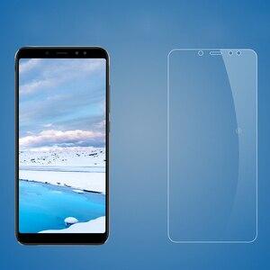 Image 2 - 2 adet cam Xiaomi Redmi için S2 9 temperli cam Redmi 6 6A Pro ekran koruyucu Xiaomi Redmi S2 koruyucu film cam 7 7A 8A 10X