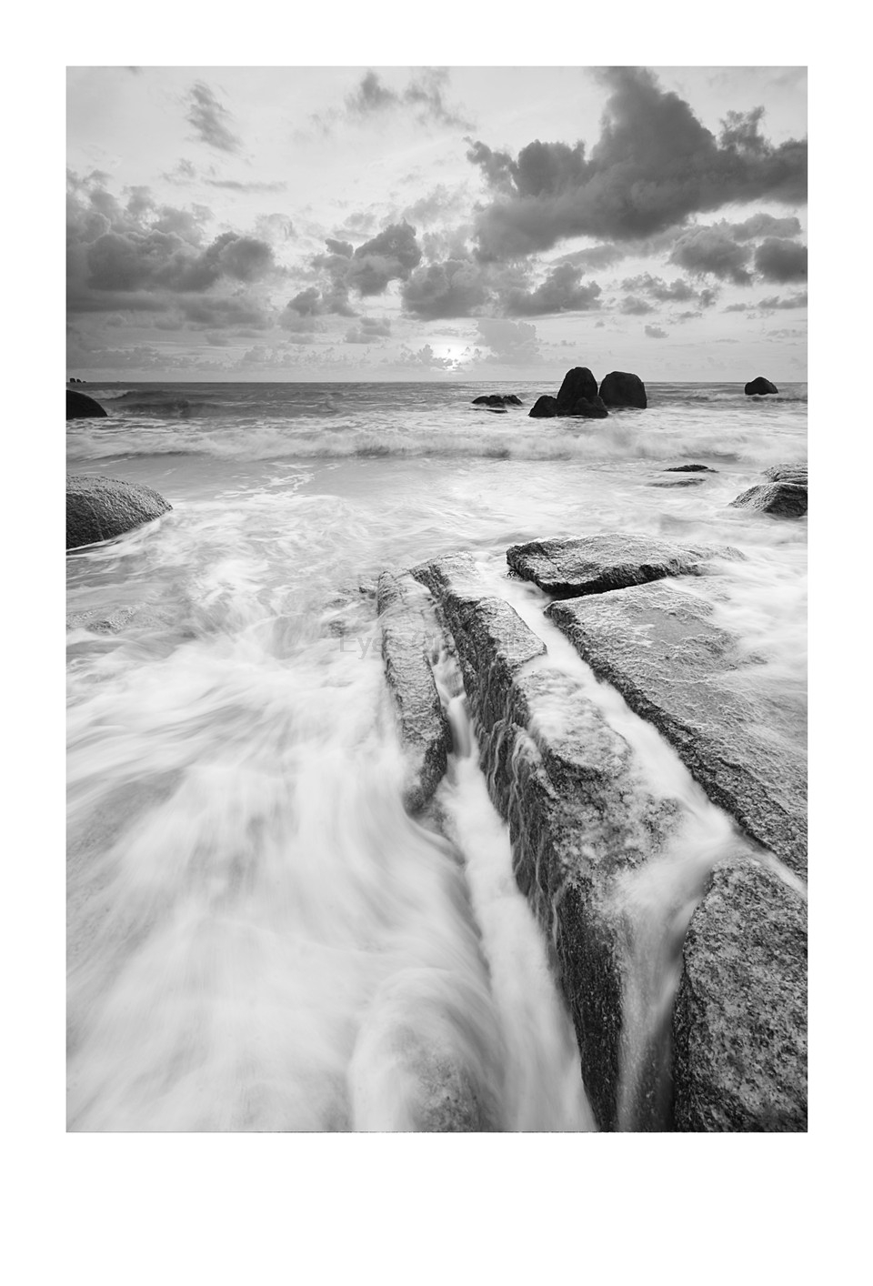 Us 5 54 25 off hd seascape black white photography poster print canvas painting wall picture modern nordic art home decor 3 piece no frame in