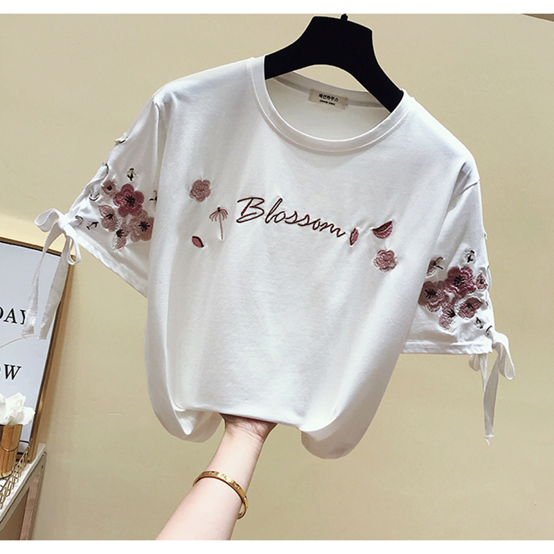2019 New Summer Floral Tops Tees Woman Funny Letter Embroidery T Shirt Women Black White O-Neck Cotton T-Shirt Femme