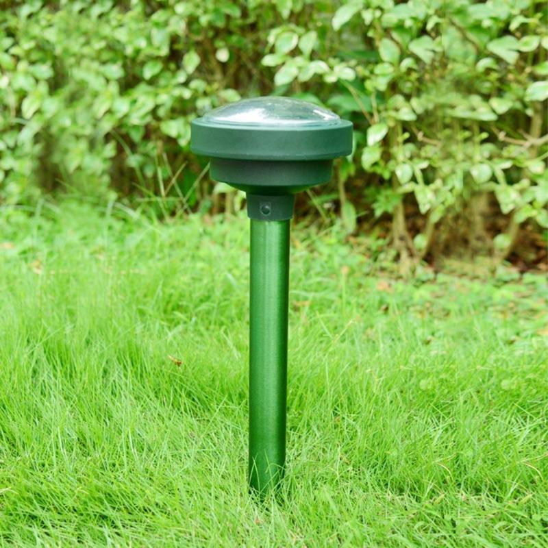 2pcs Ultrasonic Solar Repeller pest repeller Snake Rat Insect Repellent Eco-friendly Solar Powered Garden Pest Animal Deterrent