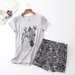 Image 3 - 2019 夏の女性のパジャマセット漫画の動物半袖 + ショーツ 2 個パジャマ韓国スタイルの快適ソフトラウンドネックホームウェア