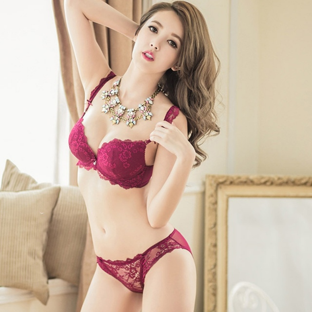 b74fadaa8b10 New Hot Sale Women Sexy Underwear Fashion Deep V Lace Embroidery Bra Sets  Plunge Bra + Panty
