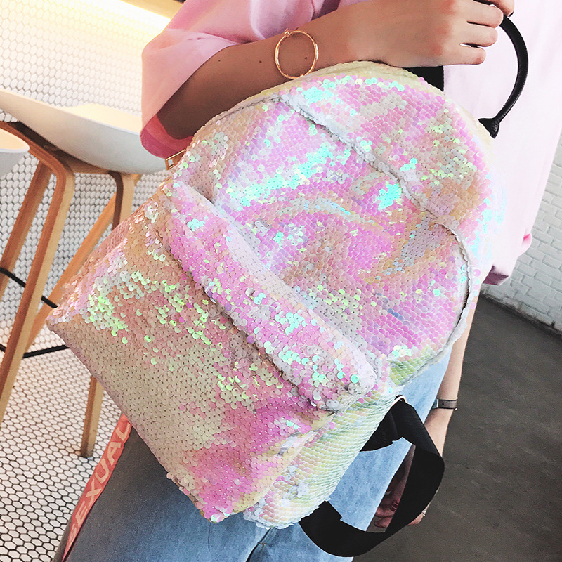 Hot Sale Women Backpack Sequins School Back Pack New Fashion Female High Quality Holographic Travel Bag Bling Studen School Bag