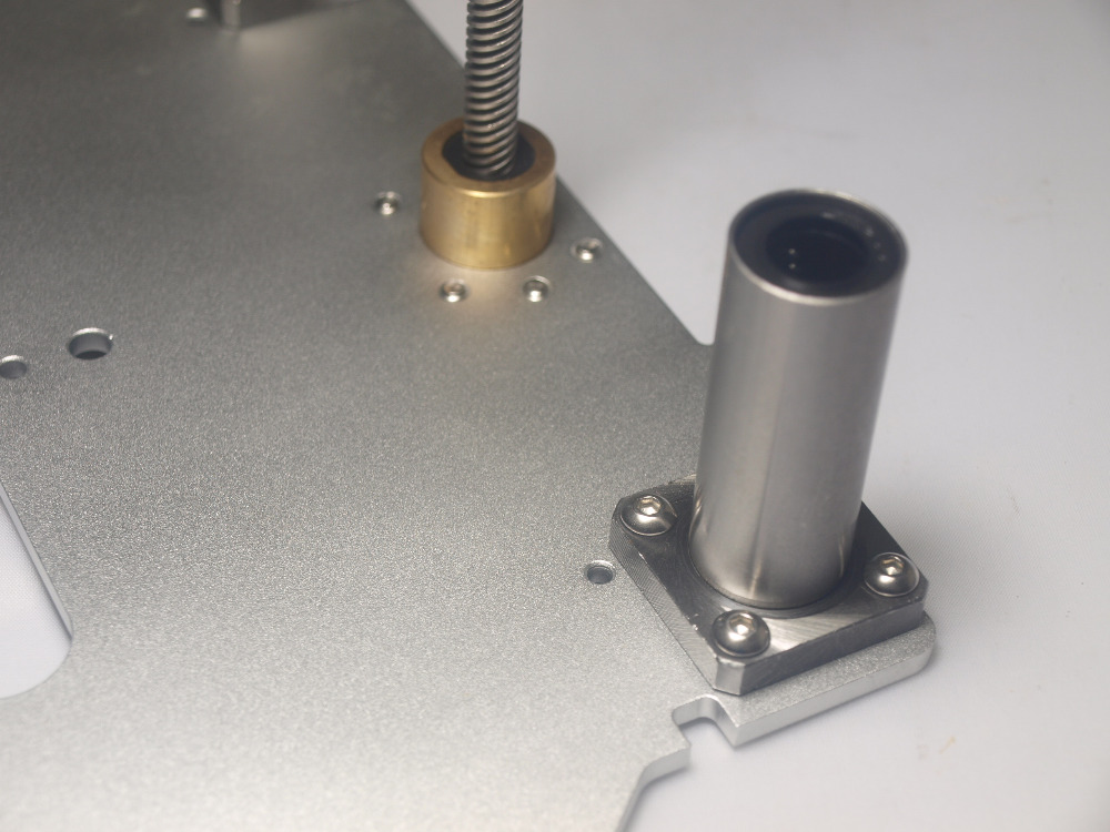 Utimaker 2 3D printer accessories light Z Print Table Base Plate anti-backlash POM nut LMK12LUU