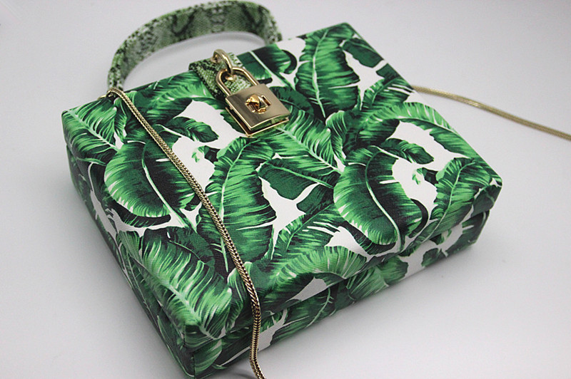 18 Women messenger bags Brand New Elegant Spring Summer Shoulder diagonal Box Bag Woman leave Print art Clutch banquet Handbag 8