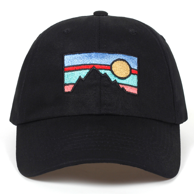 2018 new Men's Baseball cap dusk sunset embroidery cotton hat Fashion dad hat Spring and autumn cotton golf cap hats