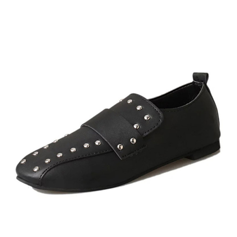 New Spring Summer Rivet Women Loafers Shoes Solid Slip on Platform Creepers Woman Flats Shoes Comfort Causal Spike Fashion Retro gladiator sandals 2017 fock women summer comfort flats fashion creepers platform casual shoes woman 2 colors