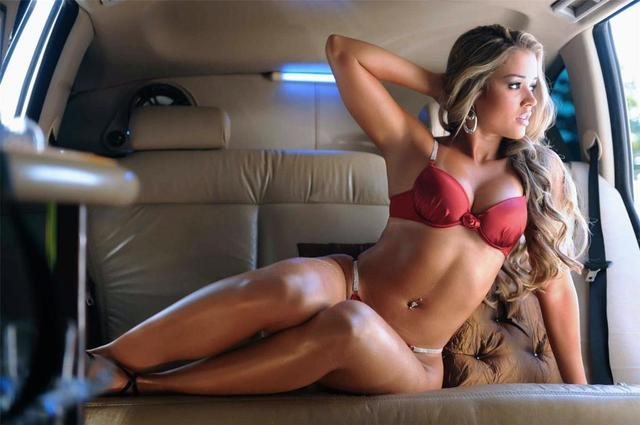 Hot girls new car — photo 12