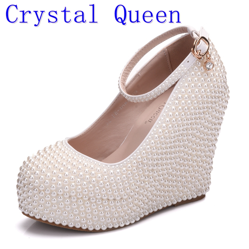 где купить  Crystal Queen Woman Platform Wedges White Ivory Pearl Crystal Rhinestone Wedding Bridal Shoes High Heels Pumps Wedges 11.5cm  по лучшей цене