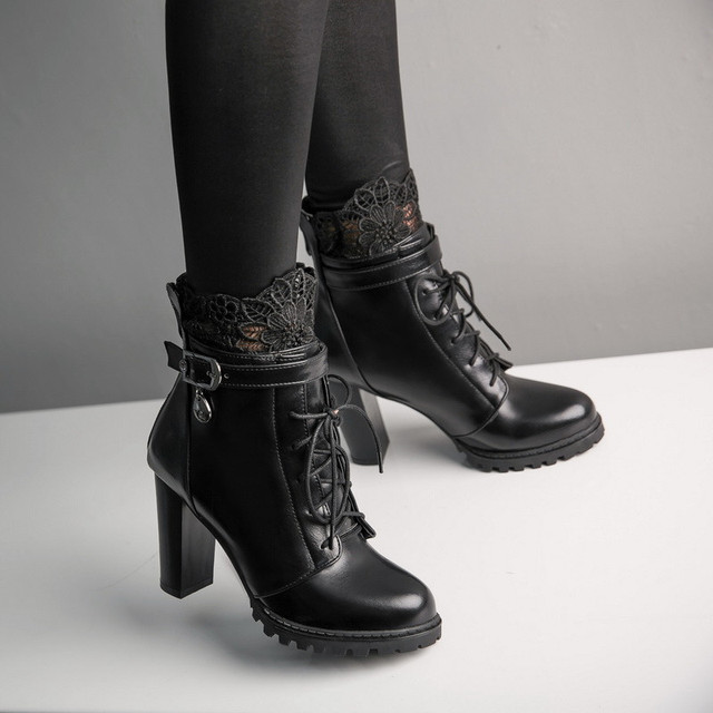 YMECHIC 2018 Lace Flower High Block Heel Lace Up Ankle Motorcycle Combat  Boots Winter Punk Goth Buckle Ladies Shoes Big Size 43 57a1c424a3a7