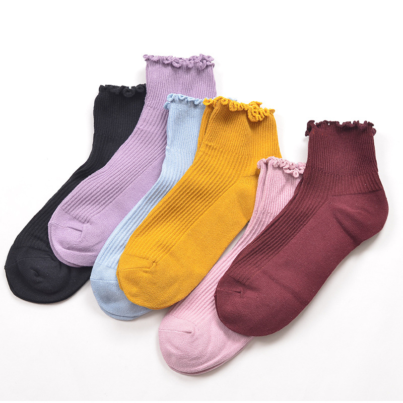 2018 Fashion Womens Casual Short Happy Kawaii Socks British Anime Cotton Ruffle Tube Cute Style Funny Nylon Socks Female