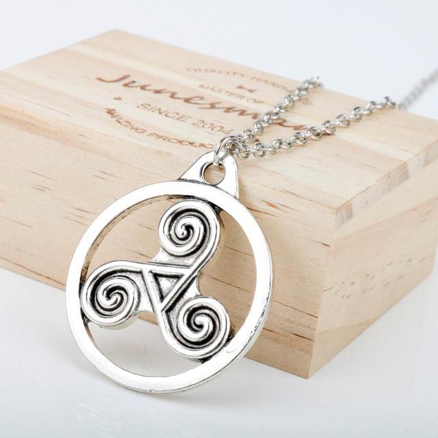 Online Shop Heyu Outlander Antique Holy Trinity Symbol Celtic Border