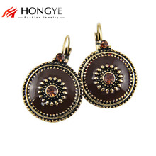 цены на Free Shipping Min Order $10(Mix Order) Vintage Antique Gold/Silver Plated Clip Earrings Made With Colorful Enameling&Rhinestone  в интернет-магазинах