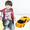 Мода Новый Беспроводной Пульт Дистанционного Управления Автомобиль Mini Радио Руль RC Racing Cars with LED Light