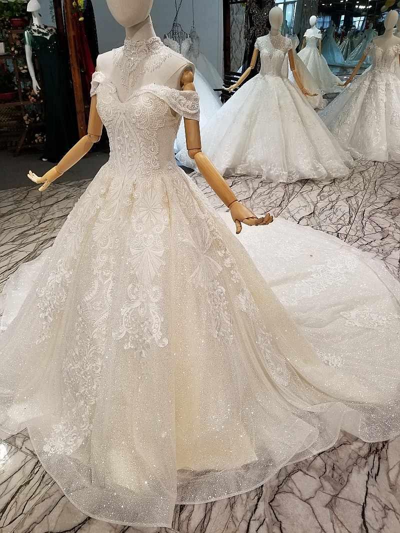 LS645741 מבריק תחרה בלינג בלינג פשוט חתונה שמלת חרוזים כתף שרשרת לקשט תחרה עד בחזרה קפלת רכבת שמלה עם נצנצים