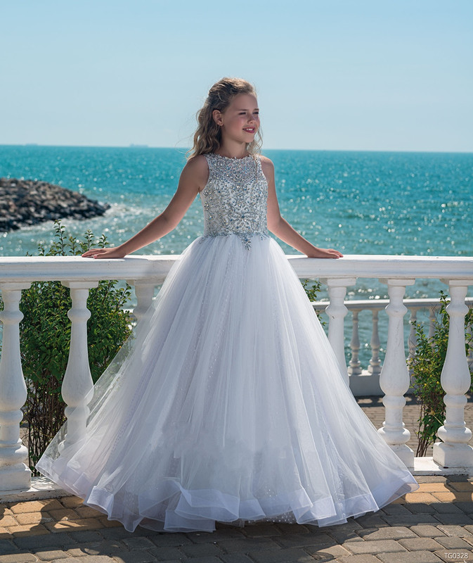 все цены на Luxury Crystal Beaded Flower Girl Dresses for Weddings Tulle Ball Gown 2018 Flower Girls First Communion Dresses For Girls онлайн