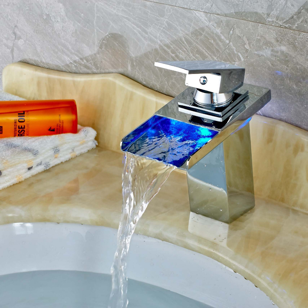 ФОТО Modern Square LED Spout Bathroom Basin Faucet Square Deck Mounted Mixer Tap