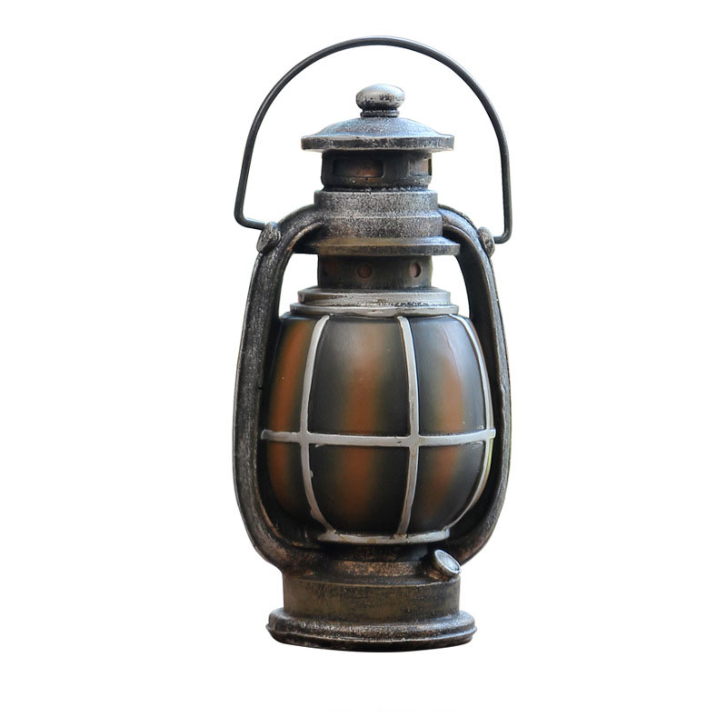 European Retro Old Kerosene Lamp Piggy Bank Figurines Resin Craft Ornaments Living Room Office Desktop Decorations Classic Gifts