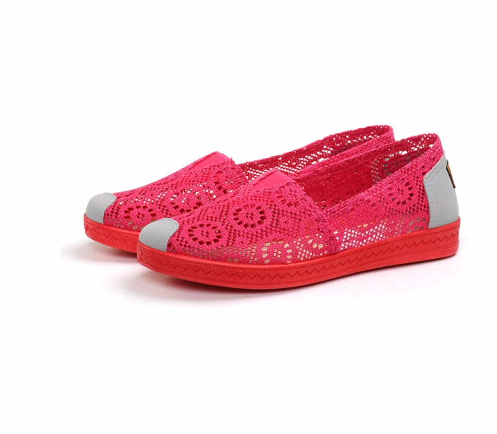 Women Shoes 2018 new Summer Flat Shoes Woman Soft bottom Casual Flats Outdoor Women's Shoes Leisure Hollow Breathable loafers summer women casual shoes breathable mother shoes women flat platform soft comfortable braided shoes light loafers for woman